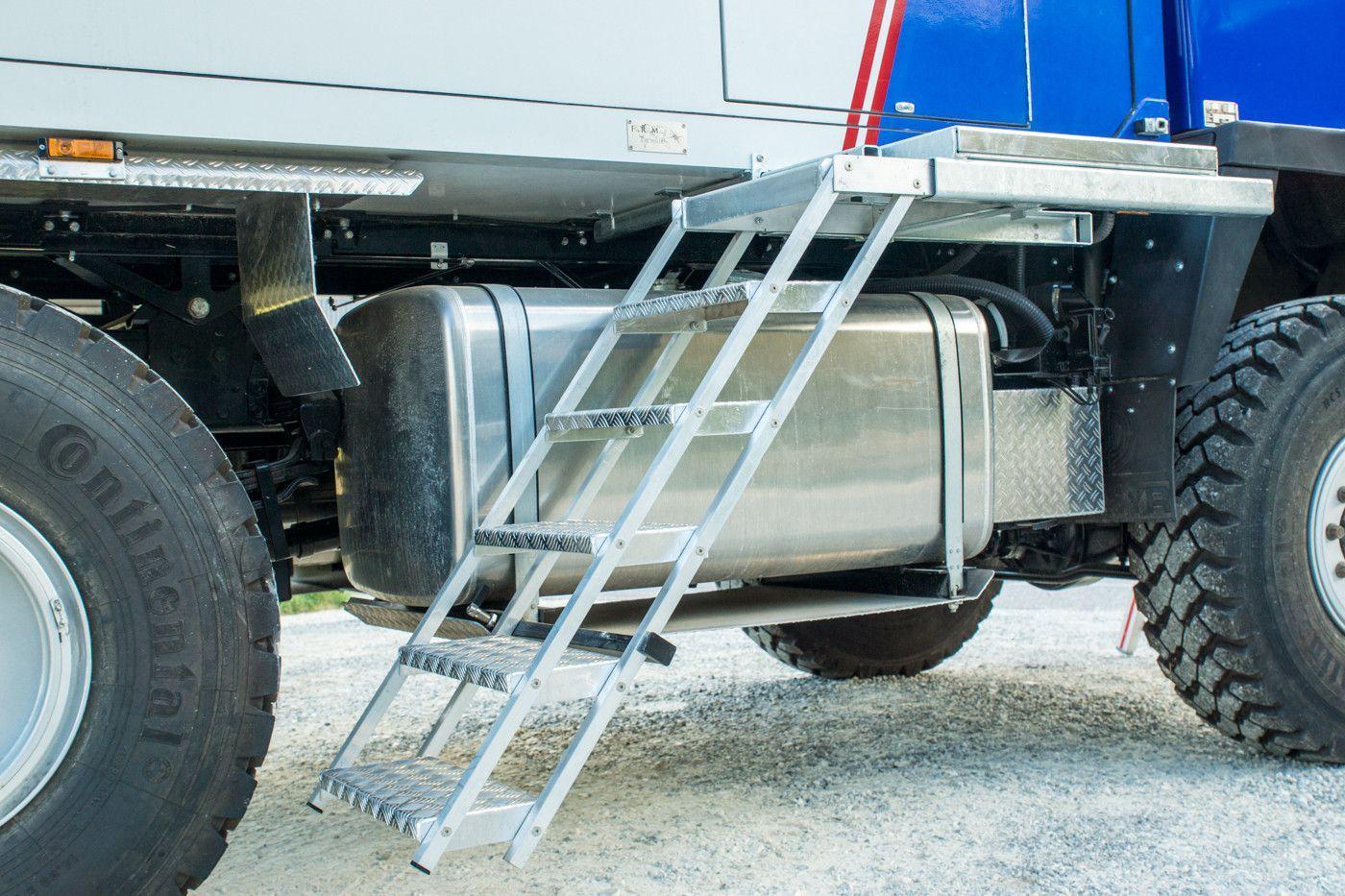 Основные характеристики и виды лестниц для грузовых автомобилей