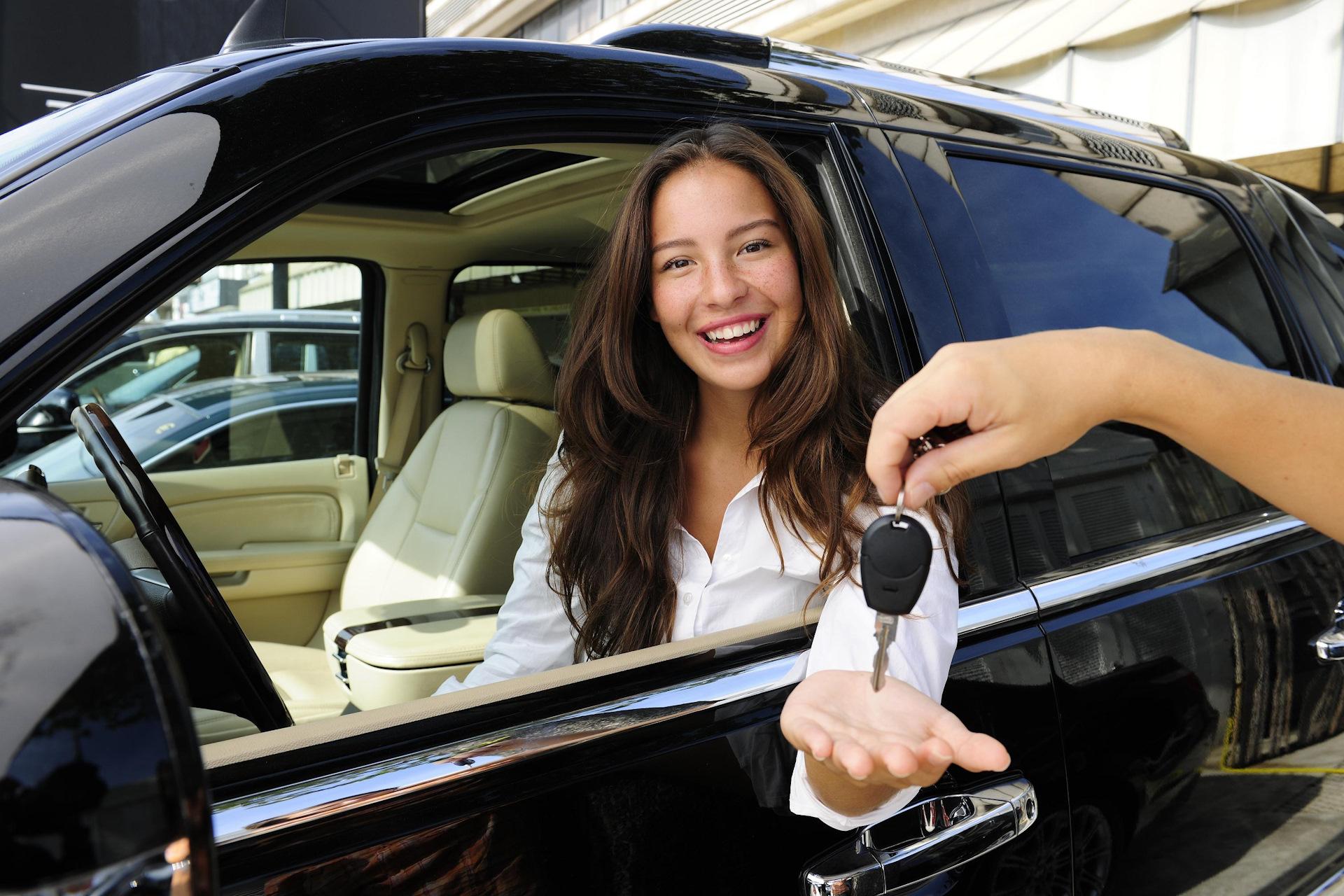 Как сэкономить при аренде автомобиля?